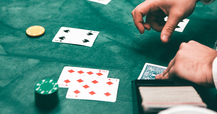 Online Blackjack - How Card Counting Tools Can Help